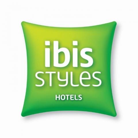IBIS STYLES  soutient le SMSHB !
